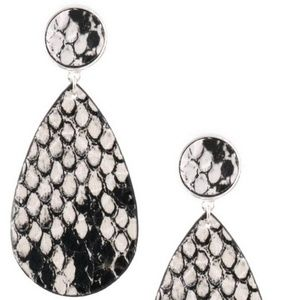 Boutique Faux Leather White Snake Print Earrings